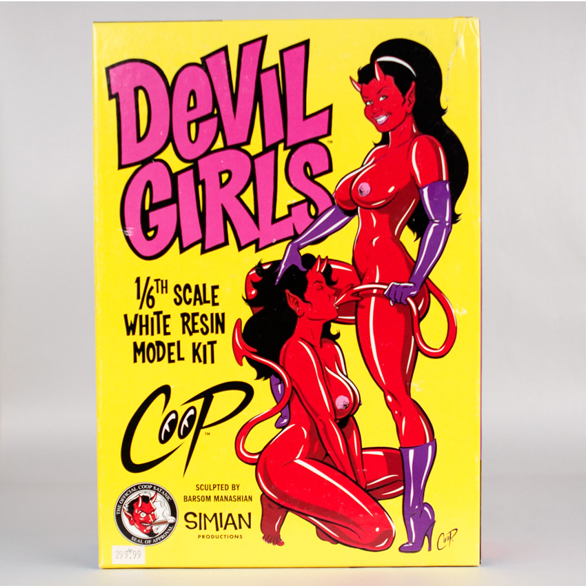 Coop Art - Devil Girls Resin Model Kit