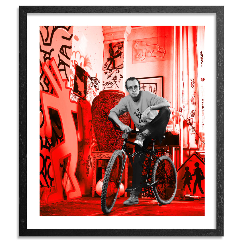 Janette Beckman Art Print - Keith Haring, New York 1985 - Red Edition