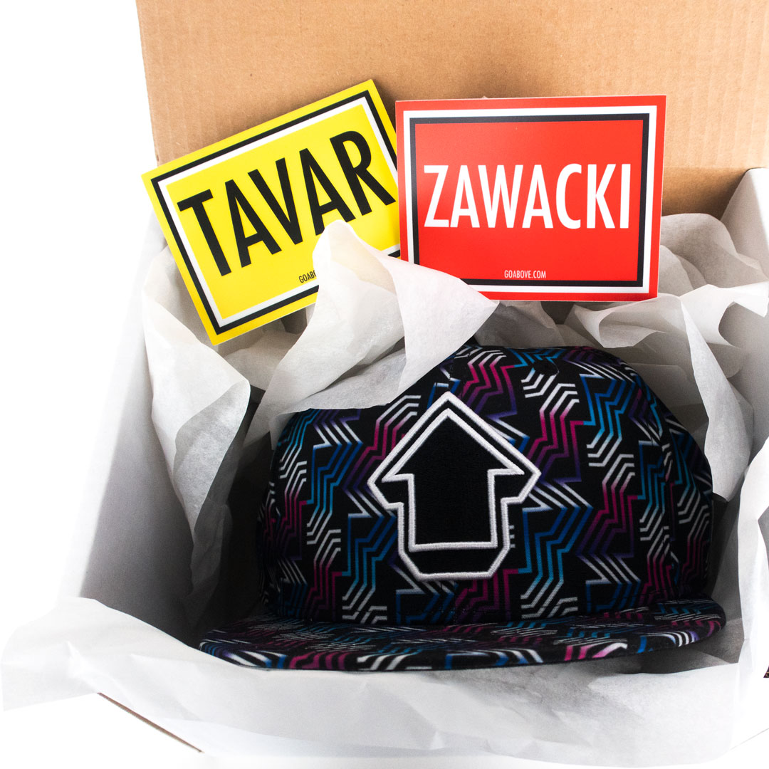 Tavar Zawacki Clothing - Signed Gift Box With Free Hat - I